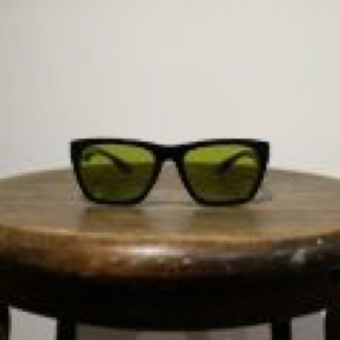 RADIO / Black / Yellow Green Polarized Lens