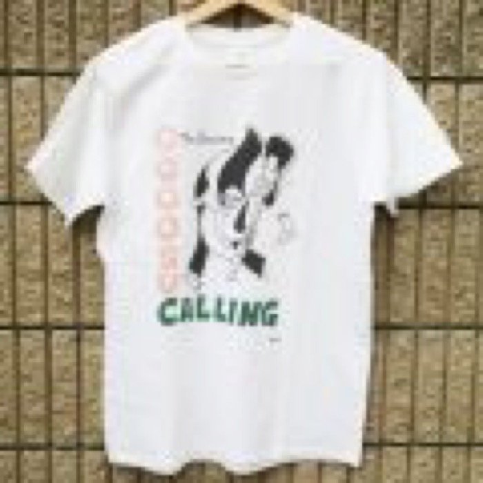 "GO / SCUM BOY TATTOO × The Sessions ""OOOOSU CALLING TEE"" / WHITE"