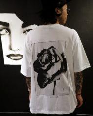 rose.pocket.tee.wht.5